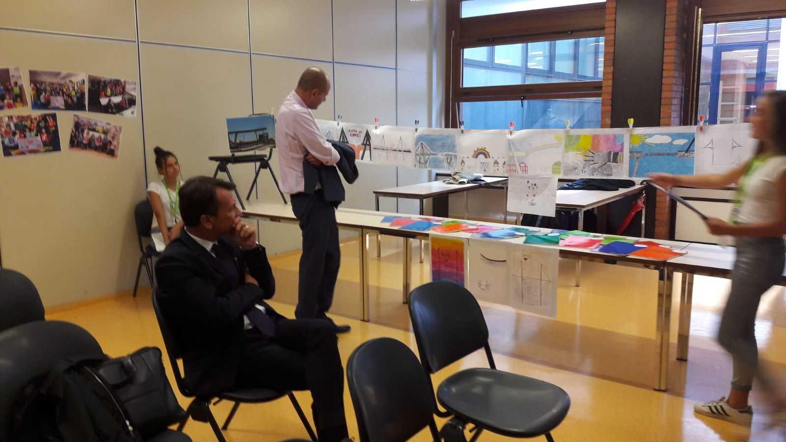 Presentazione-del-progetto-all'Intendente-scolastico