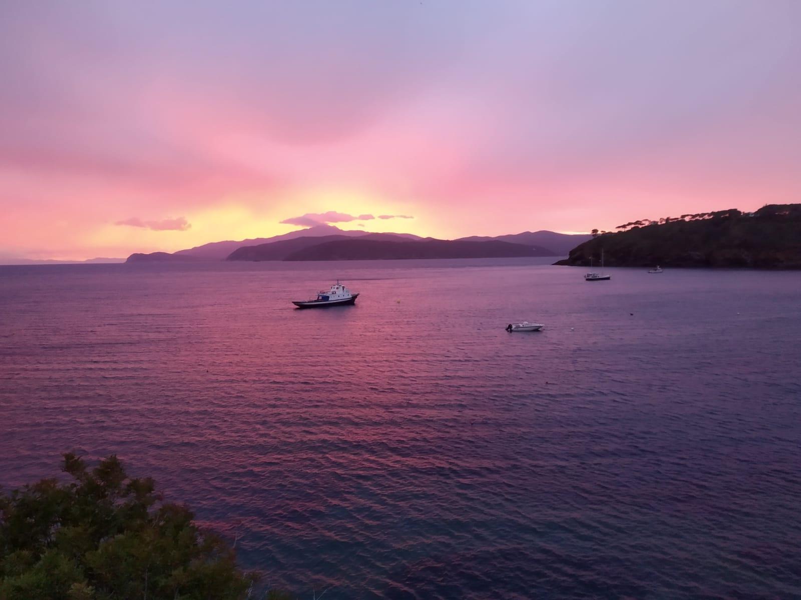 Il tramonto della prima sera all'Isola d'Elba